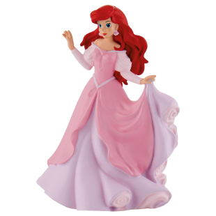 Arielle im rosa Kleid