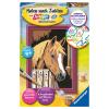 Malset Pferd im Stall
